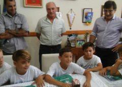 (Video) El Combinado Chivilcoyano 2008 campeón en Rojas fue recibido por el Intendente Britos