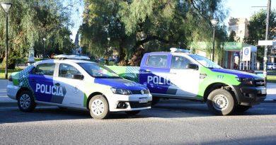 Britos y Perillo presentaron nuevos móviles para la policía comunal y patrulla rural