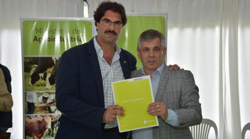"""Convenio con Ministerio de Agroindustria bonaerense """"Marco de asistencia y cooperación sobre las buenas prácticas para la aplicación de los fitosanitarios"""""""