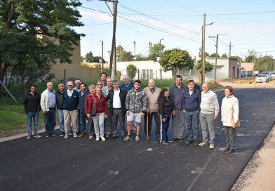 Obra finalizada de asfalto en el Barrio Sur, que comprende las calles desde 86 hasta 106, entre avenida Mitre y 25 de Mayo