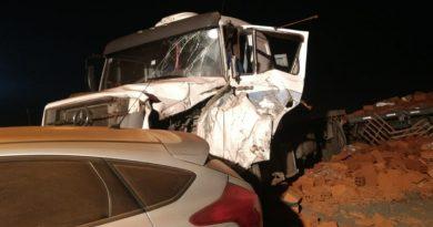 VIDEO Ruta 7, choque en cadena. Dos camiones, un micro y otros vehículos involucrados