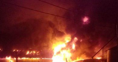 Voraz incendio de aceitera en General Rivas