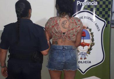 Dos hombres y una mujer, detenidos por robos