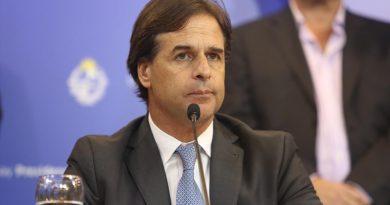Uruguay: rebaja de jubilaciones y salarios de funcionarios públicos