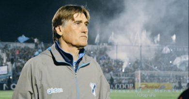 Un reconocido jugador y entrenador que pasó por Chivilcoy para sacar campeón  como DT a Atlético Villarino en 1986.